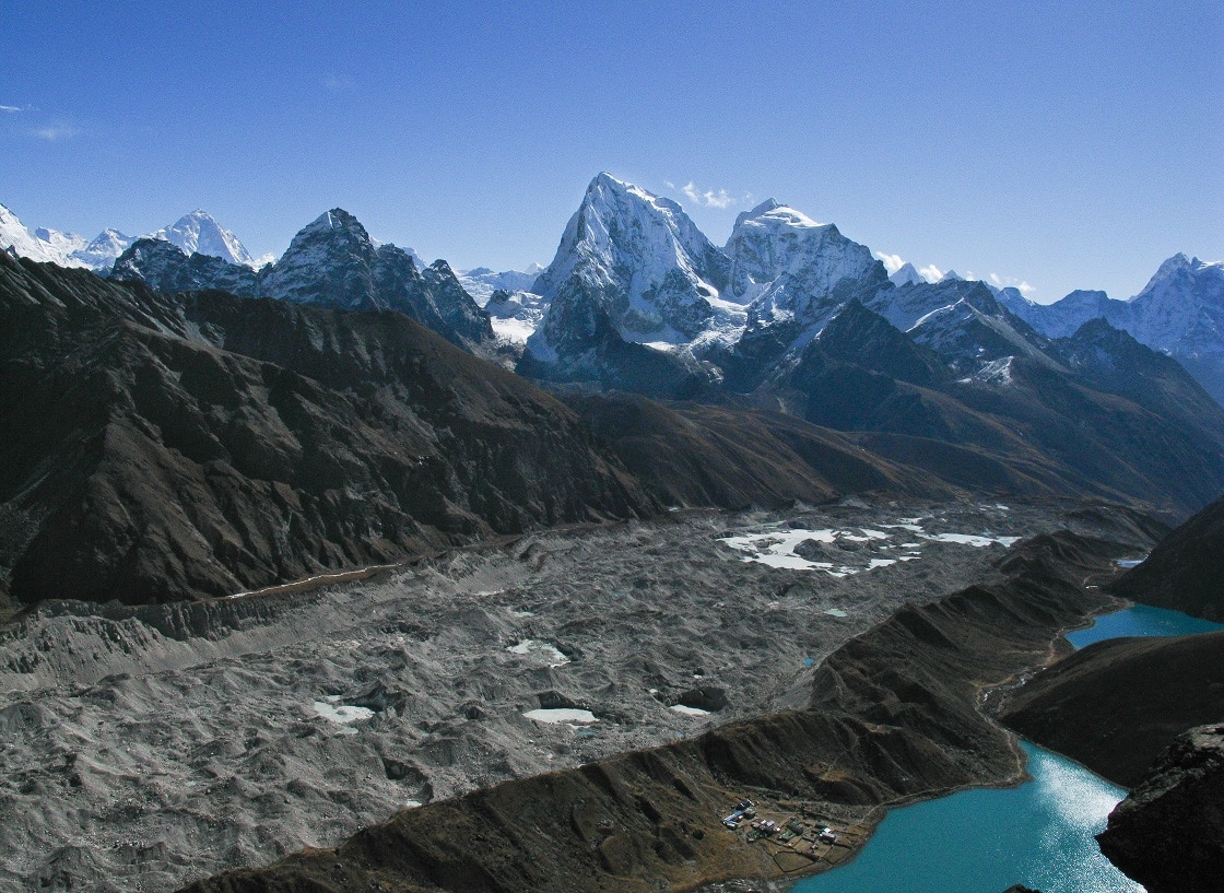 A Glance Of Everest Gokyo Lake Trek